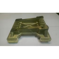 Moottoripukki 32x92 Rotax/X30 magnesium. Poraus 80x102 ja 80x115